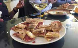 Viaggi: turismo  enogastronomia  umbria  food