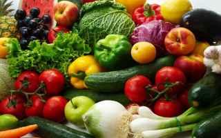 Suggerimenti utili, a cura di Irene Milito, su come coltivare lorto biologico, dalla semina alla rac