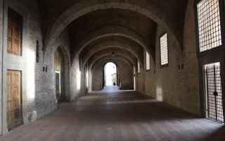 Viaggi: viaggi  palazzo ducale  gubbio  perugia