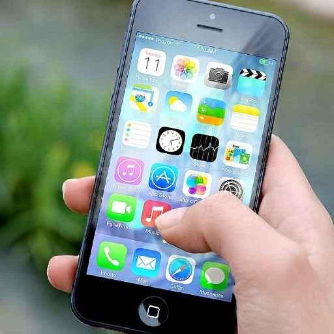 risparmio energia  iphone  apple