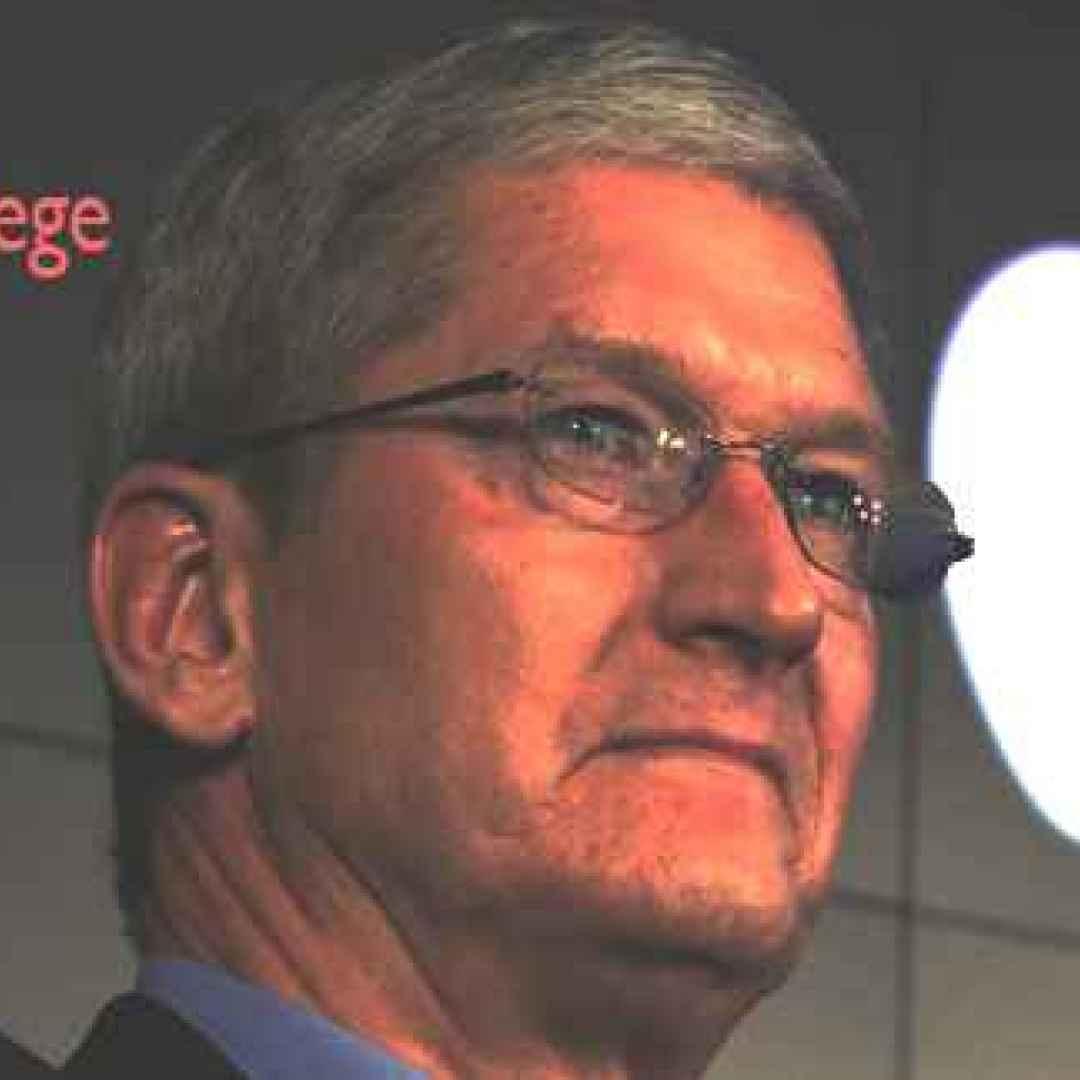 tim cook apple mac pericolo social