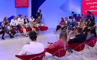 Televisione: uomini e donne  casting  maria de filipp