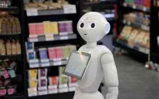 Lavoro: robot  impiegato  licenziamento