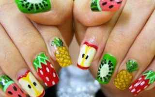 Bellezza: nail art tendenze primavera 2018 nailart