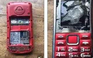 dal Mondo: telefoni  vittime  12enni  russia  cina