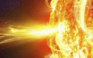 Astronomia: attività solare  catastrofi  eruzione