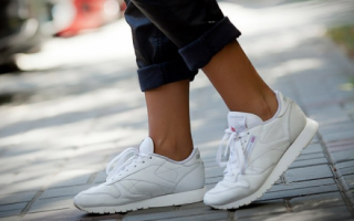 Moda: sneakers  scarpe  pulire