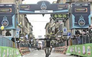 https://diggita.com/modules/auto_thumb/2018/03/11/1621995_ciclismo5_thumb.jpg