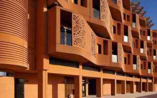 Architettura: Zero emissioni nel cuore del deserto - Masdar City