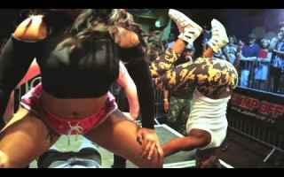 Musica: twerk  grinding  ballo  reggaeton