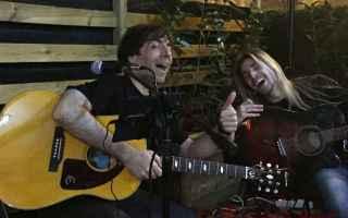 Amore e Coppia: chitarra  rimorchiare