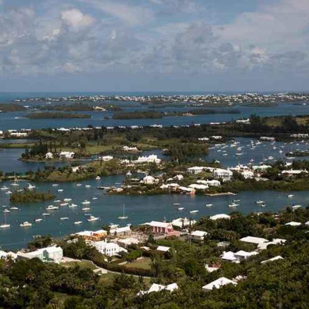 paradisi fiscali  bermuda  cayman  isole vergini britanniche  jersey  isola di man