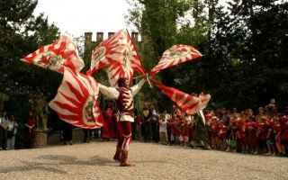 Amore e Coppia: viaggi  castello  gropparello  piacenza