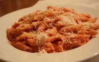 Alimentazione: salute  benessere  salsa  pomodoro