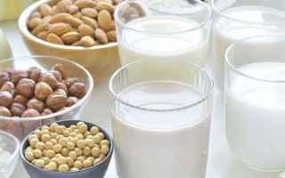 Alimentazione: latte  vegan  vegetale  salute  dieta