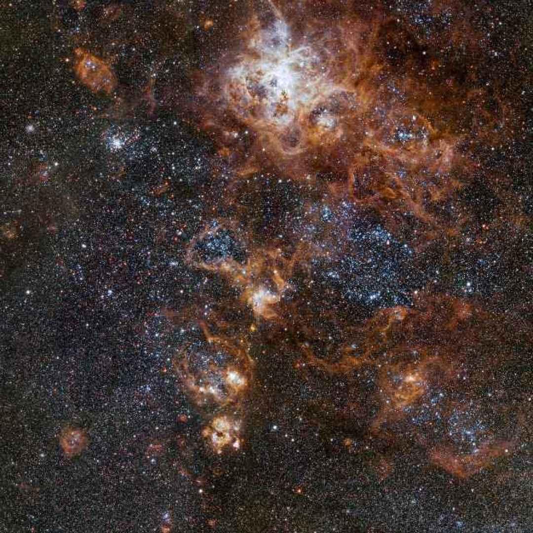 stelle  galassie  vst