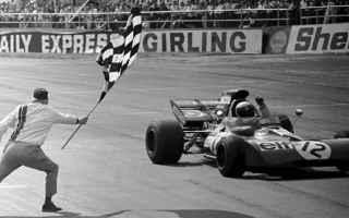 Formula 1: formula 1  bandiera  curiosità