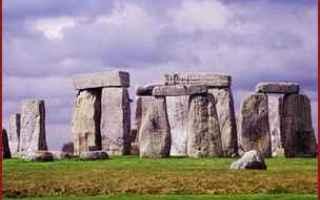 Astronomia: sole  solstizio  stonehenge