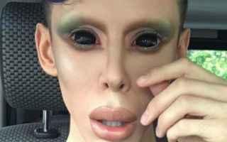 alieno uomo video uomo alieno