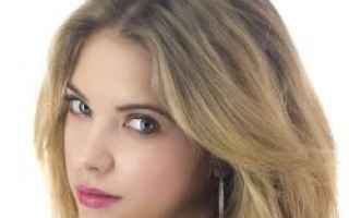 Astrologia: ashley benson  segno zodiacale  ascenden
