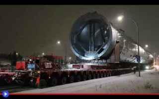 dal Mondo: industria  trasporti  torri  camion