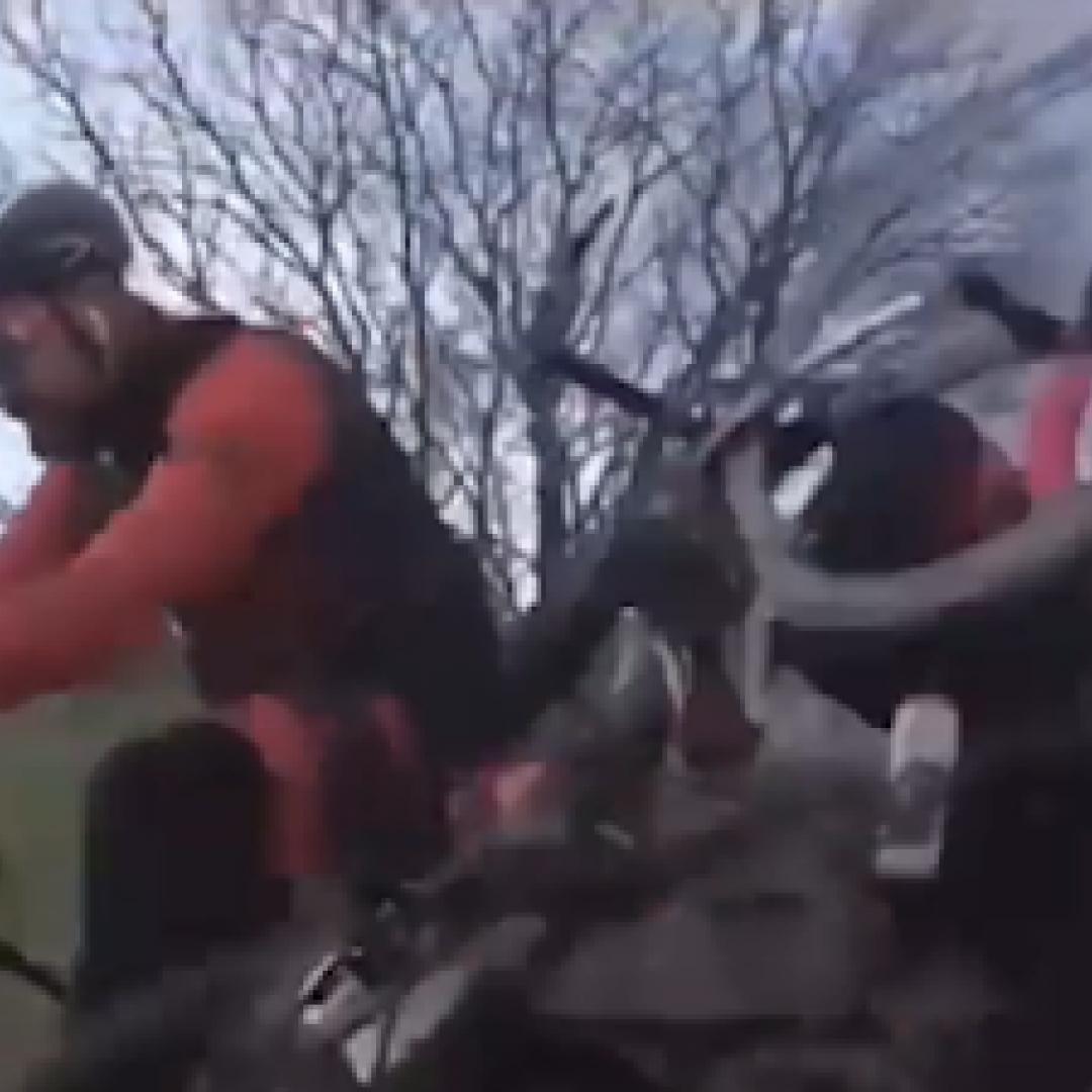 francia video ciclisti sport ciclismo