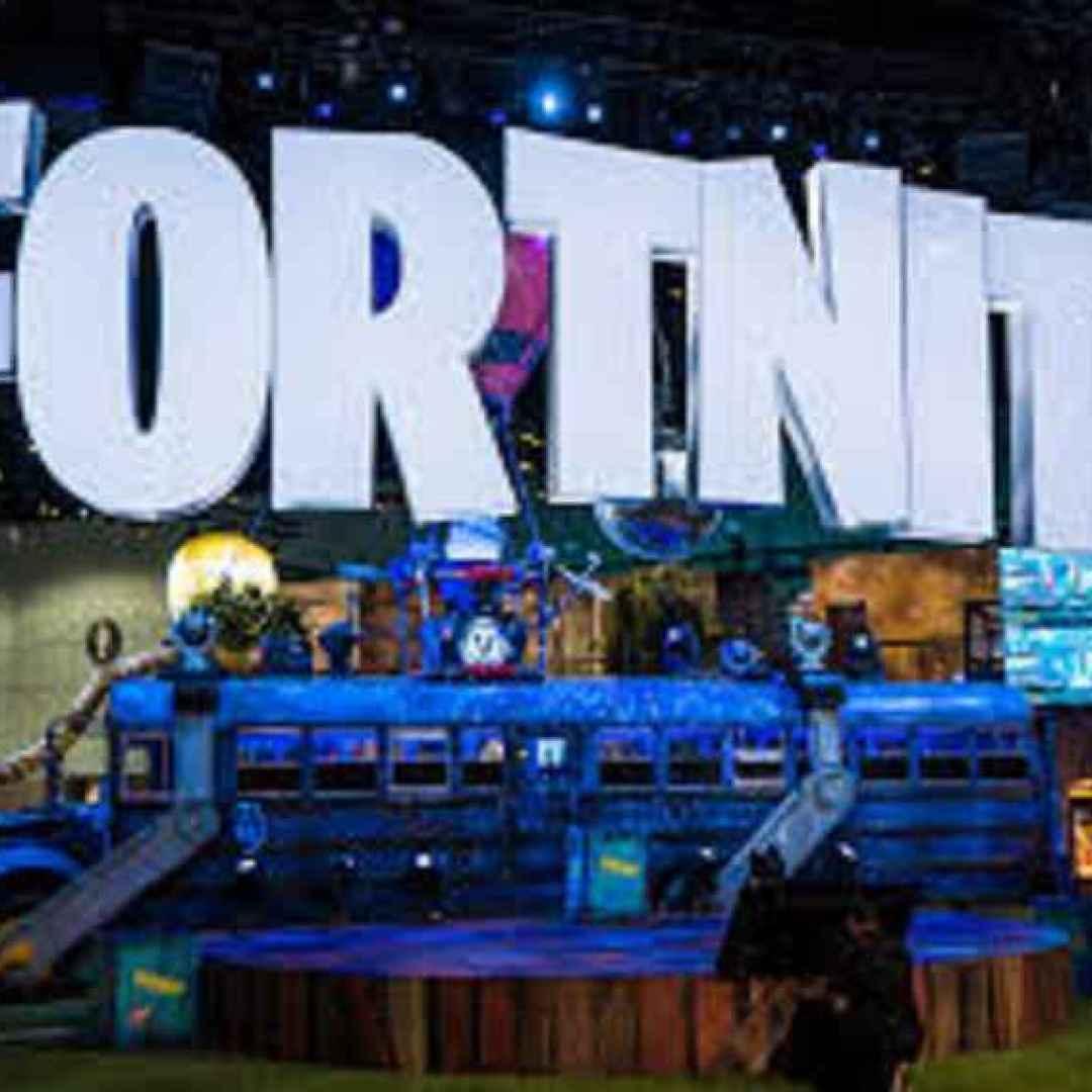 fortnite  playstation  xbox  console