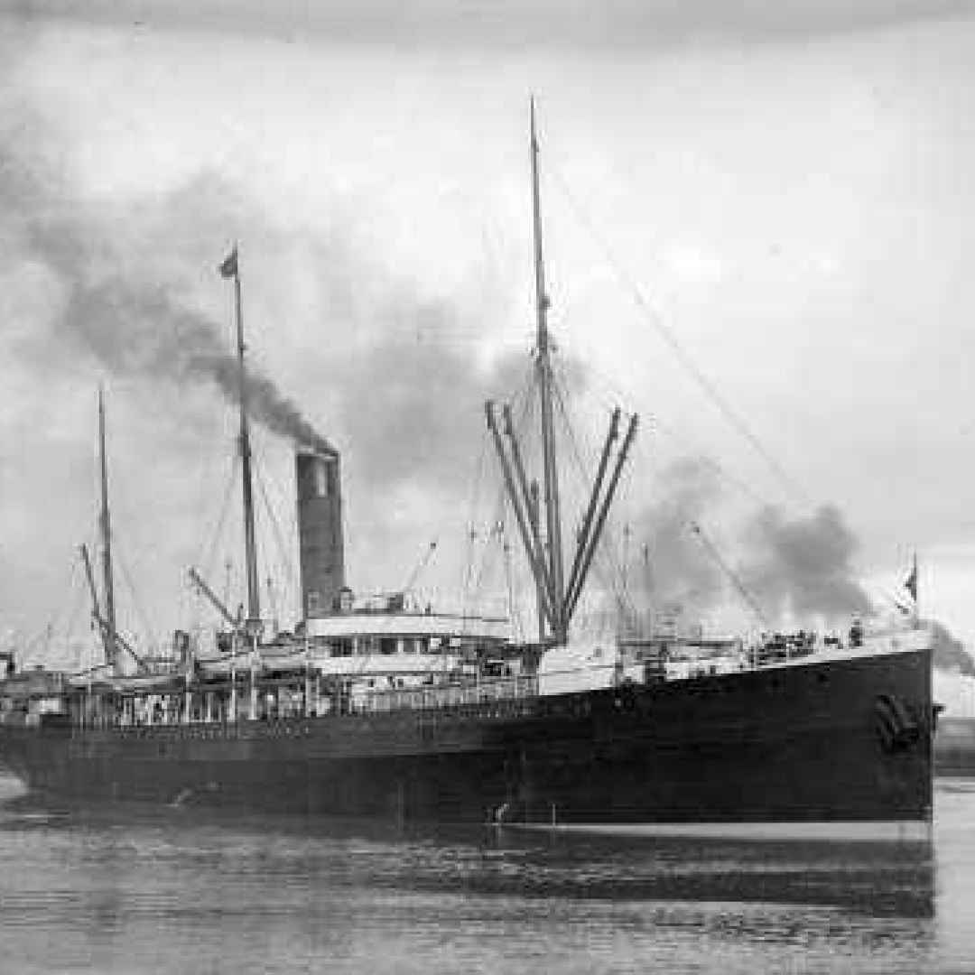 navi  navigazione  strano  storia