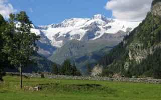 E' la terra dei quattromila. Monte Bianco, Monte Rosa, Cervino e Gran Paradiso dominano, con le lo
