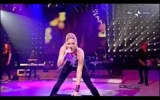 Musica: shakira musica video domenica in