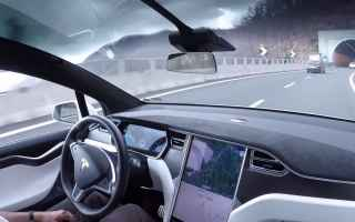 auto guida autostrada video motori