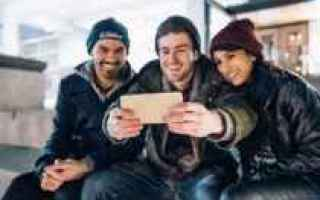 https://diggita.com/modules/auto_thumb/2019/02/11/1634050_selfie-come-fare-210x140_thumb.jpg