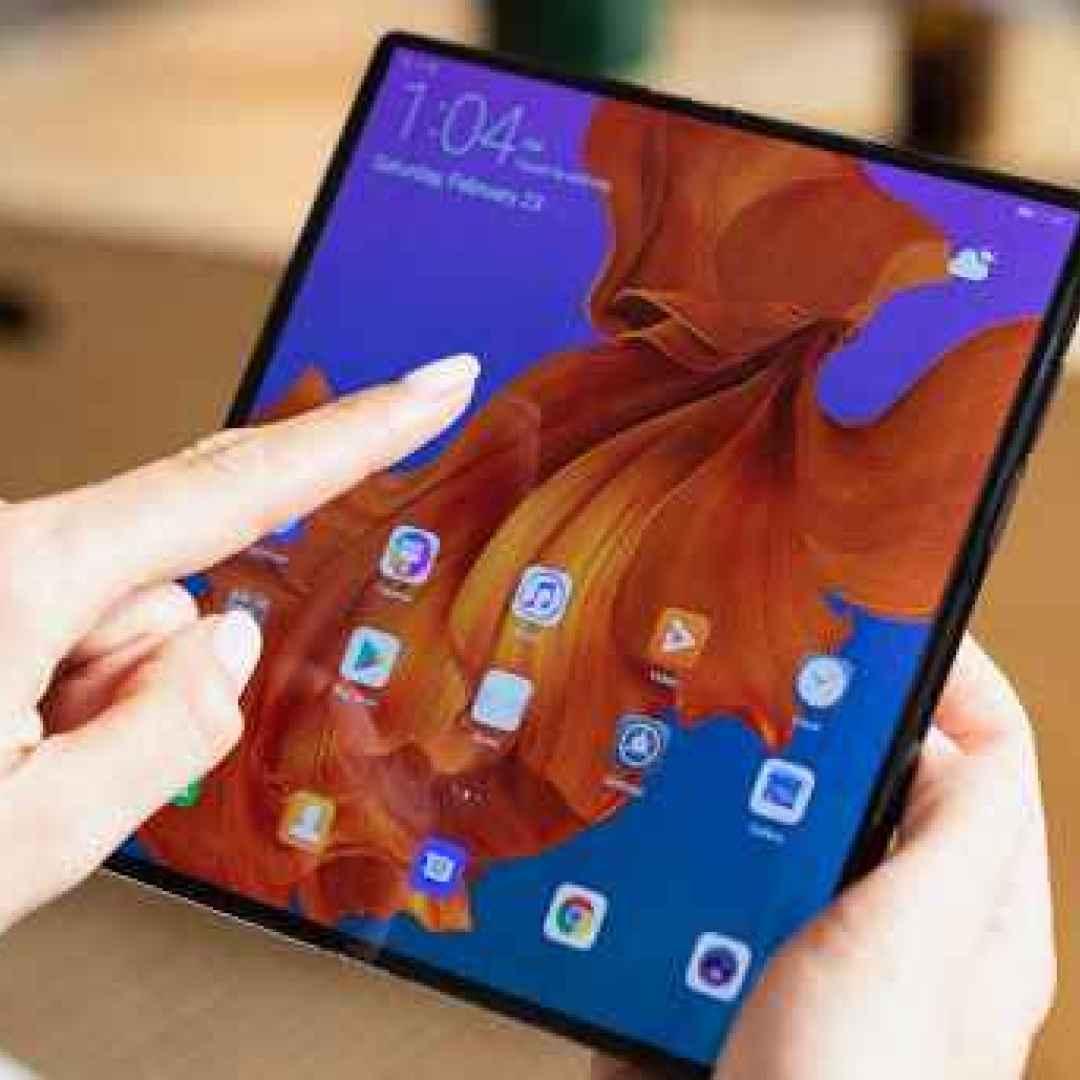 foldable  smartphone  tablet