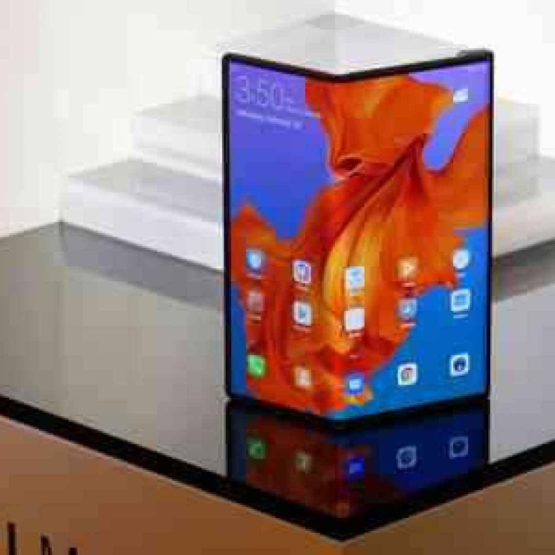 screenshot huawei mate x smartphone