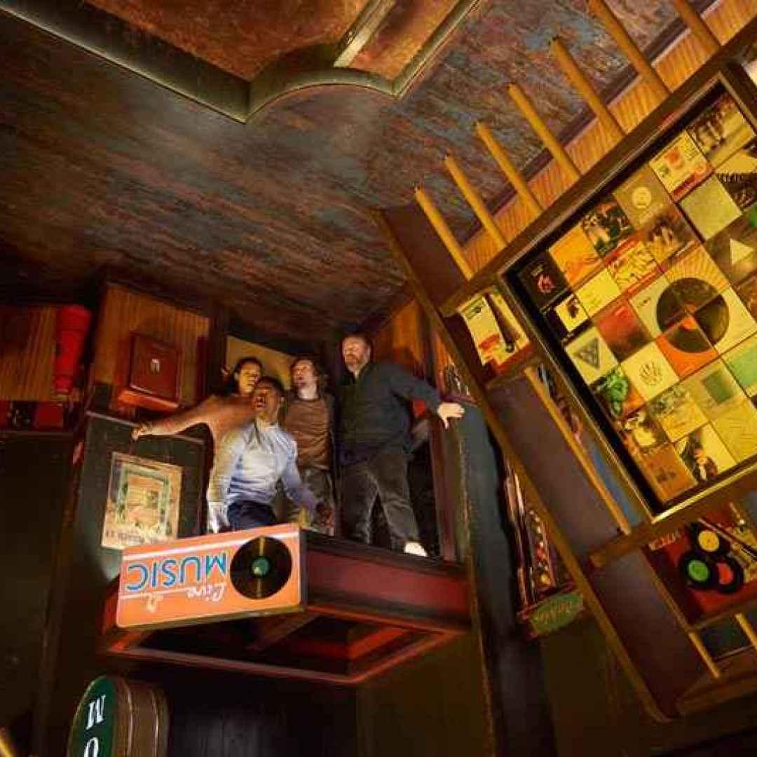 escape room  horror  cinema