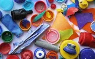 Giochi: rifiuti  plastica  giochi  ambiente