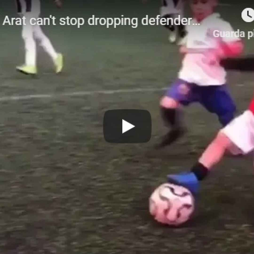 Arat il bimbo di 5 anni che se li beve tutti a calcio - VIDEO