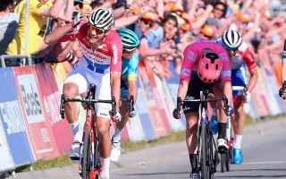 Ciclismo: AMSTEL GOLD RACE: ALAPHILIPPE E FUGLSANG SI GUARDANO VAN DER POEL NE APPROFITTA