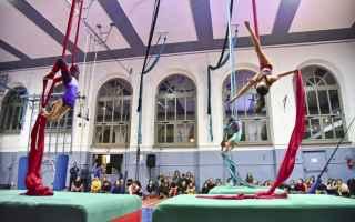 Torino: flic  torino  circo