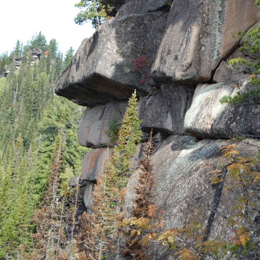 gornaya shoria  russia  megaliti