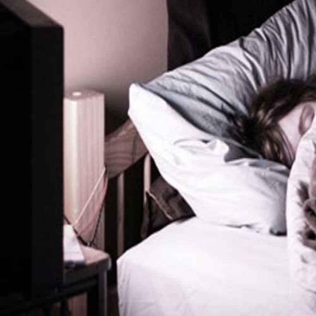 tv  dormire  salute