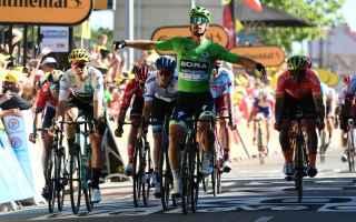 Ciclismo: TOUR DE FRANCE: SAGAN DOMINA LA VOLATA E SI SBLOCCA