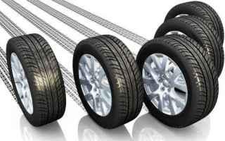 La pressione dei pneumatici incide sui consumi e aumenta l'usura della gomma. I pneumatici sgonfi