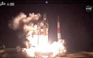 La navicella spaziale HTV-8 è partita su un razzo vettore H-IIB dal centro spaziale di Tanegashima