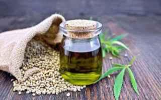 Alimentazione: olio canapa salute alimentazione