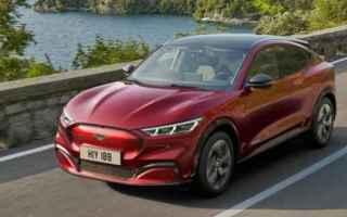 Automobili: suv elettrico  ford