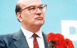Politica: bettino craxi  psi  pci  tangentopoli