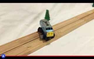 Video divertenti: divertente  piste  giocattoli  treni