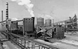 Politica: Taranto ed il mostro che ha prodotto l'acciaio del boom economico