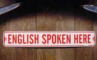 Per dare un consiglio a qualcuno si ricorre in inglese generalmente a should (condizionale del verbo
